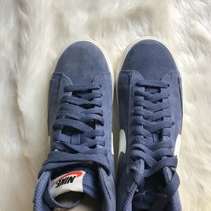 eb9783c77b703f ... Nike 4.0 Gemstone Blue Gray Nike Leisure Shoes S100h  Nike Shox Deliver  - Mens Blue . Nike Shoes - Nike Blue Suede Blazer Sneakers ...